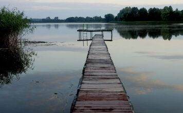 Dlaczego apartamenty nad jeziorem to dobry wybór na urlop